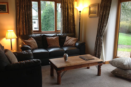 self catering cottage hawthorns main lounge area
